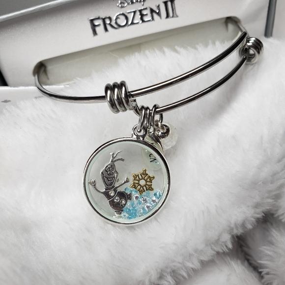 Disney Jewelry - Olaf shaker charm bangle bracelet